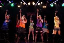 VVレンジャー☆の『こちらVV星!地球征服ねらっちゃいますっ!』
