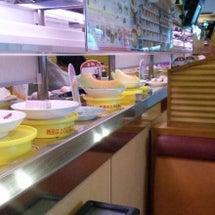 お昼は、かっぱ寿司