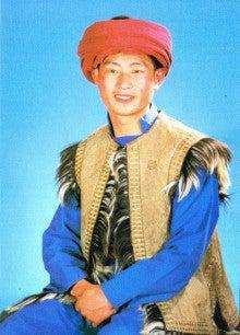 アルカディアを求めて-図1.チャン族の青年