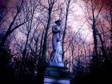 ペオン家の日々-statue