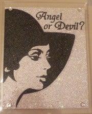 ★天使姫のBling Bling Life★デコサロン『・・・・・Angel or Devil?』-angelordevil.jpg