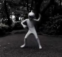 $宇宙人ゼリオの地球日記-ダンス