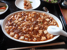韓国へ行って ごはん食べる。