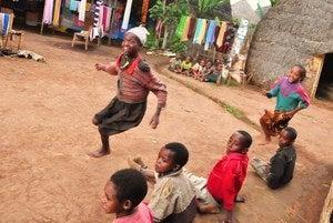 旅の女神にキッスして~マラリア怖いやアフリカ編~-走れ走れ