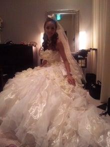 結婚式 ドレス ブランド 40代