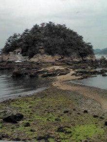 白石島のお多福旅館「若旦那の島日記」-弁天島