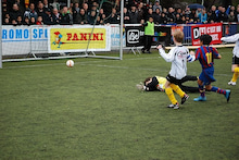 欧州サッカークラブとの仕事を語るブログ-Lokeren6