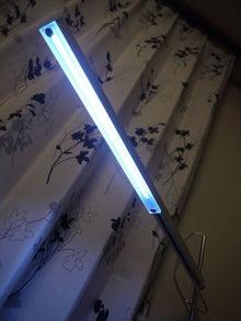 DTM机 ◆ 自作のススメ-自作LEDデスクライト_点灯