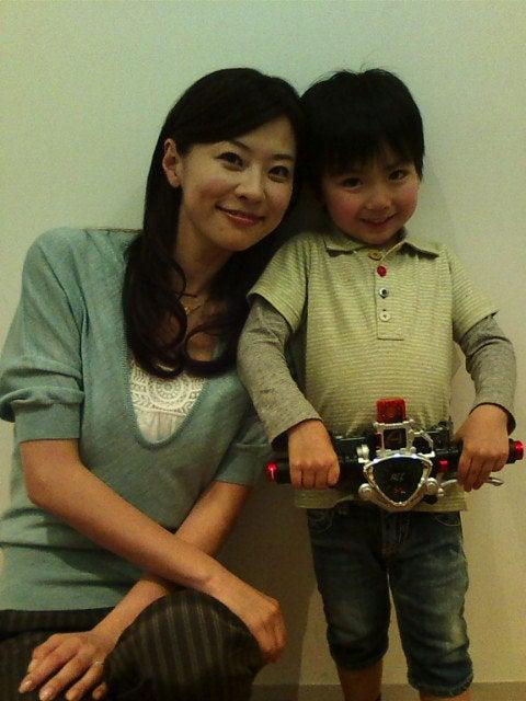 http://stat.ameba.jp/user_images/20100508/14/gomyo-yuko/11/39/j/o0480064010531818115.jpg