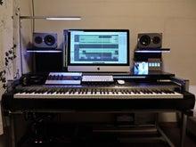 $DTM机 ◆ 自作のススメ-DTM机_front_piano