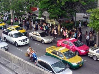 バンコクの街角から-A100514_3