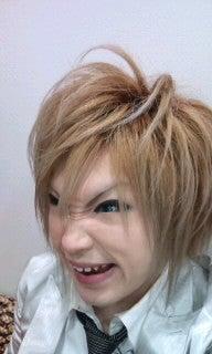 ゴールデンボンバー 鬼龍院翔オフィシャルブログ「キリショー☆ブログ」Powered by Ameba-100514_1909~020001.jpg