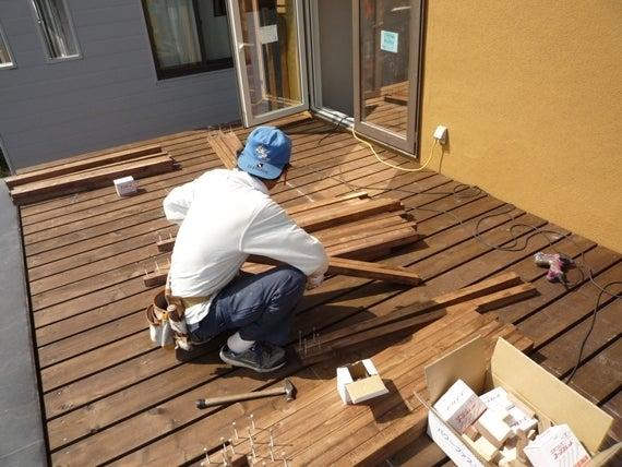 $リノベーションで北海道の豊かな暮らし-札幌リノベーション住宅、ウッドデッキ工事