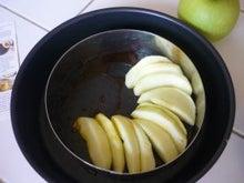 A table!-quatre-quarts aux pommes1