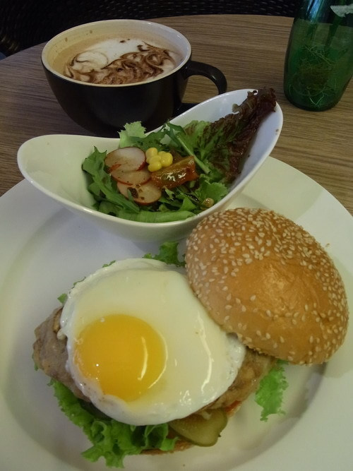中国大連生活・観光旅行通信**-大連 Cozy Cafe & Bakery