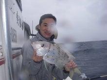 沖縄から遊漁船「アユナ丸」-釣果(22.05.16)