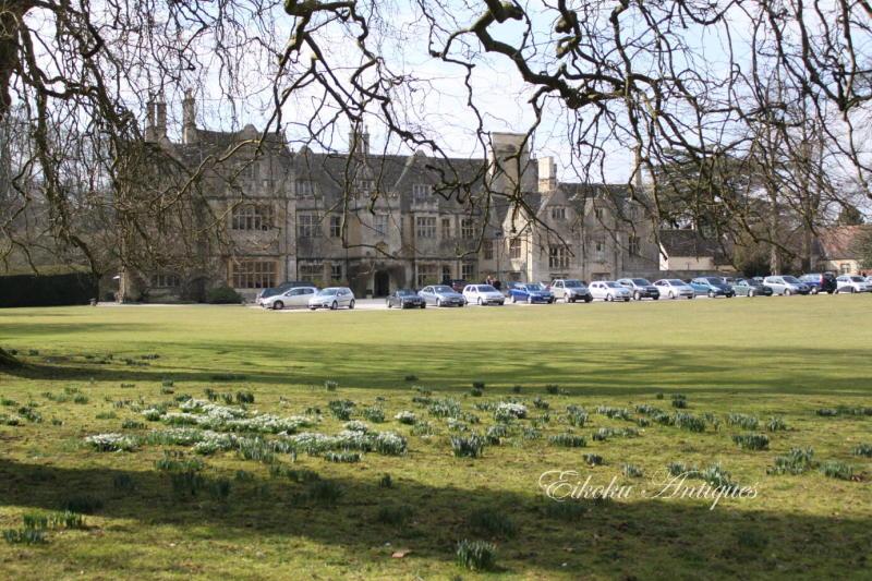 美しい国、英国のアンティーク&カントリーライフ-Bibury Court