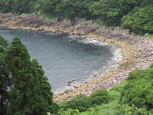 歩き人ふみの徒歩世界旅行 日本・台湾編-丸石の海岸