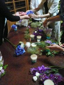 花嫁のためのウェディングブーケ-皆で作成1