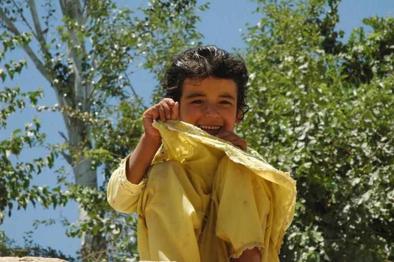 アフガニスタン便り-泳いでさっぱり!