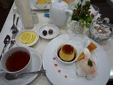 $わつぃの独りごと。-デザートプレートと紅茶