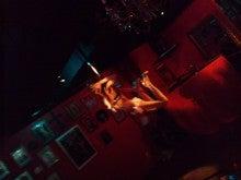 $大阪タンゴ& Cafetin de Buenos Aires-ポールダンス