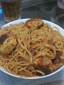 趣味と雑食のブログ-ミートボールスパゲティ