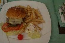 パレード (長安より)-ハンバーガー