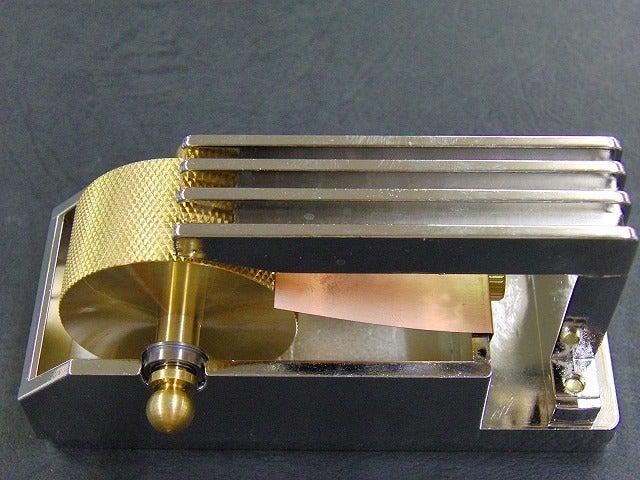 METAL  HOUSE   - about  metal fittings --墨塗り機、コバ塗り機、バスコ