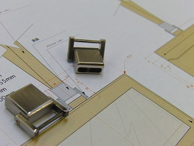METAL  HOUSE   - about  metal fittings --ネームホルダー用 特注オリジナル金具