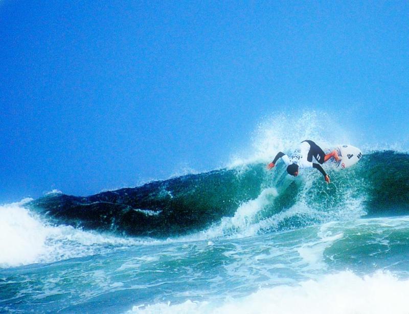 白鳥座-サーフィン