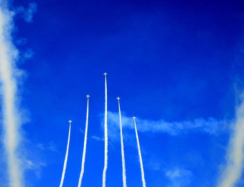 白鳥座-ブルーインパルス