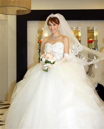 【パーフェクトウェディング宣言!】-エビちゃん披露宴☆ドレス1