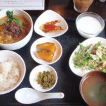 中國菜 燕で坦々麺ラ…