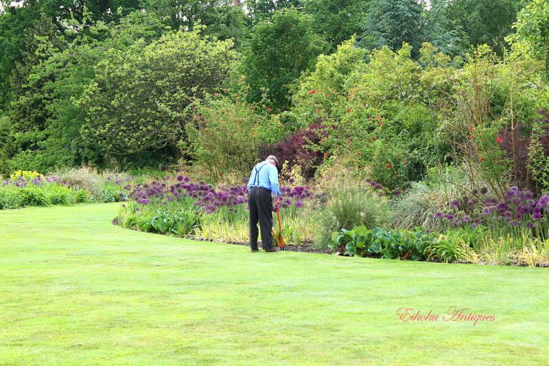 美しい国、英国のアンティーク&カントリーライフ-Cotswold Wild Life & Gardens