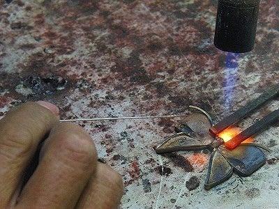 METAL  HOUSE   - about  metal fittings --手作りオリジナルブローチ金具作成