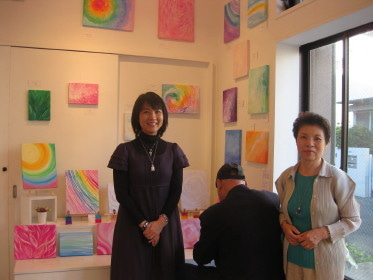 オーラソーマ&アートを楽しむIRIDESCENCE(イリデッセンス)~虹色の輝き