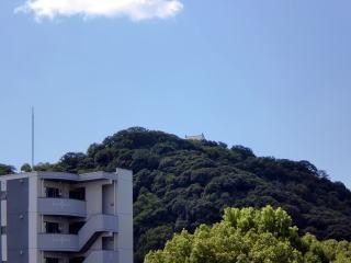 志度・路・戻ろ-松山城