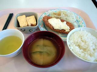 志度・路・戻ろ-学食