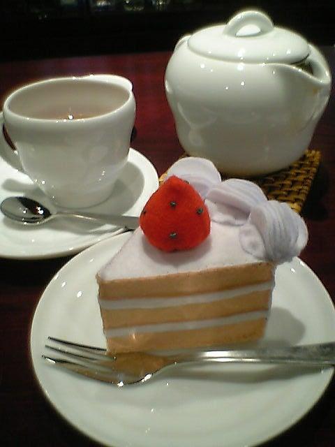 おまけ道@琵琶湖畔で実家生活♪ポテチンっ♪-ショートケーキ