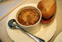 食べて飲んで観て読んだコト-オニオングラタンスープ