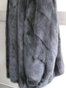大木毛皮店工場長の毛皮修理リフォーム-毛皮 リフォーム ジャケット
