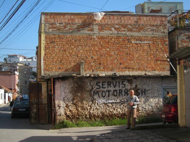 世界を旅する年収1億スーパーアフィリエイター 川島和正オフィシャルブログ Powered by Ameba-アルバニア,ティラナ1-15
