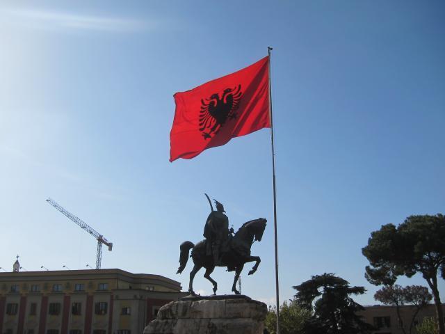 世界を旅する年収1億スーパーアフィリエイター 川島和正オフィシャルブログ Powered by Ameba-アルバニア,ティラナ2-11
