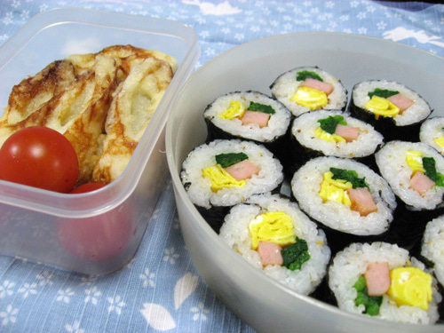 韓国料理サランヘヨ♪ I Love Korean Food-キムパプ(韓国のり巻き)