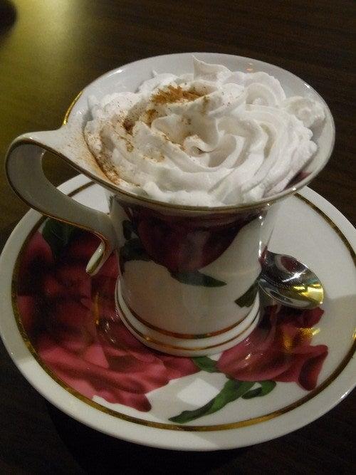 中国大連生活・観光旅行通信**-大連 CANVAS Coffee 画布珈琲
