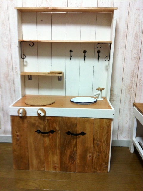 キッチン ままごとキッチン カラーボックス : ままごとキッチン DIY 完成 ...