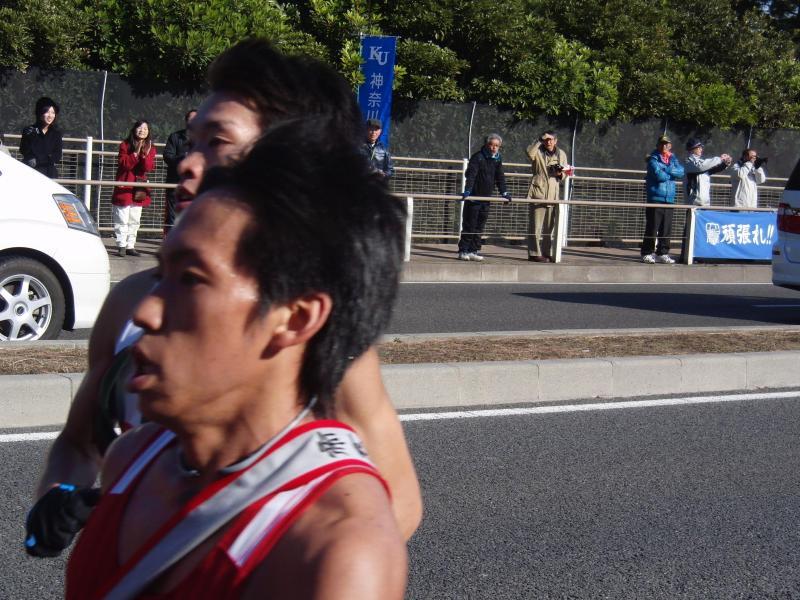 日本平でカメラを落としたヴェルサポのblog-競り合い