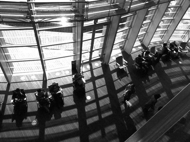 世界の始まりと世界の終わり。~東京モノクロームギャラリィ~-国立新美術館の2階から