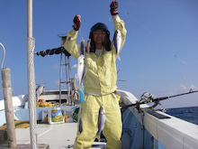 沖縄から遊漁船「アユナ丸」-釣果(H22.11.27)